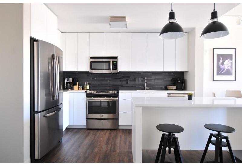 Jakie rolety wybrać do nowoczesnej kuchni?